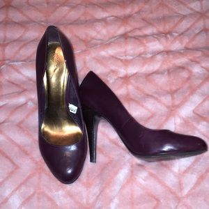 Red wine high heels size 8.5